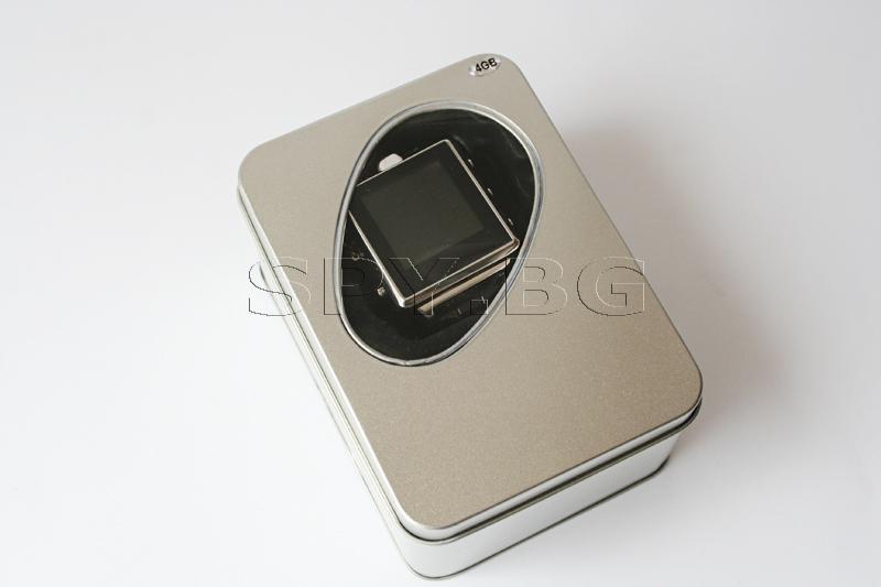 Скрита камера в електронен часовник