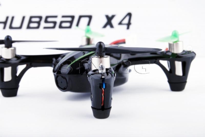 Квадрокоптер с 2 МР камера