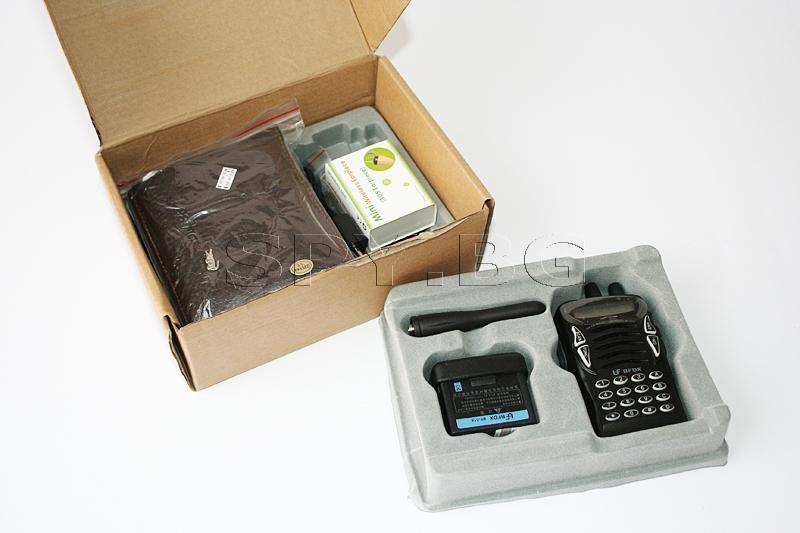 Комплект - микрослушалка и предавател, скрит в портфейл