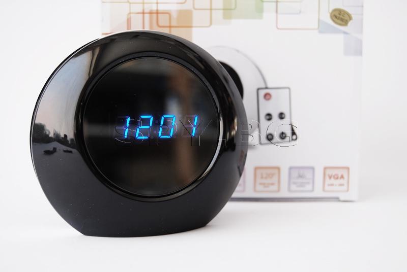 Камера в електронен будилник с детектор за движение