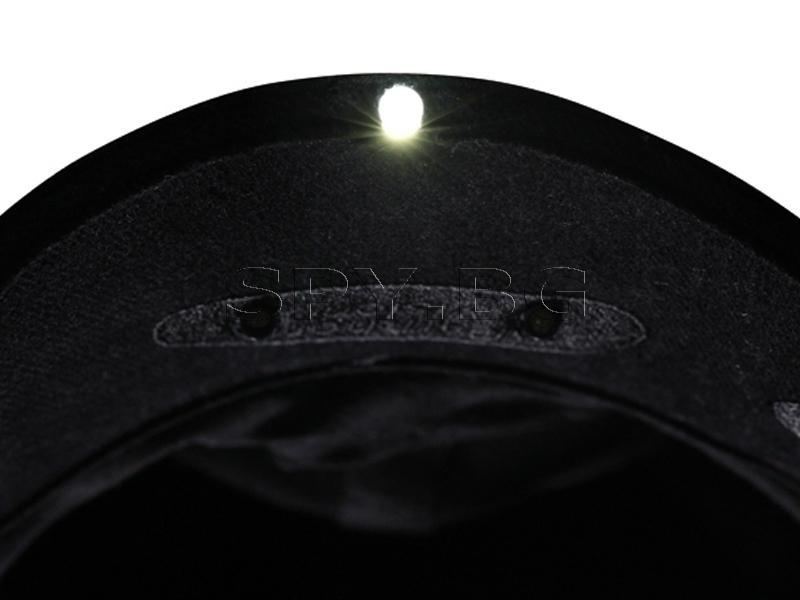 Шапка с 3 LED диода