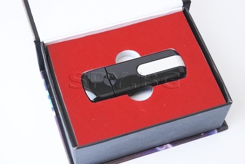 Флашка - скрита камера, без карта памет