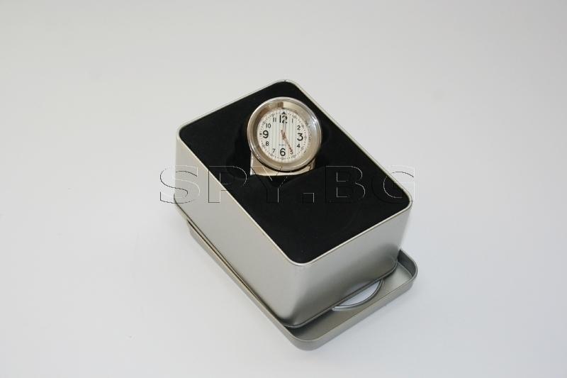 Скрита камера в настолен часовник - 4GB