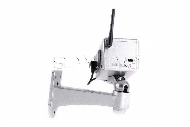 Бутафорна камера с детектор за движение