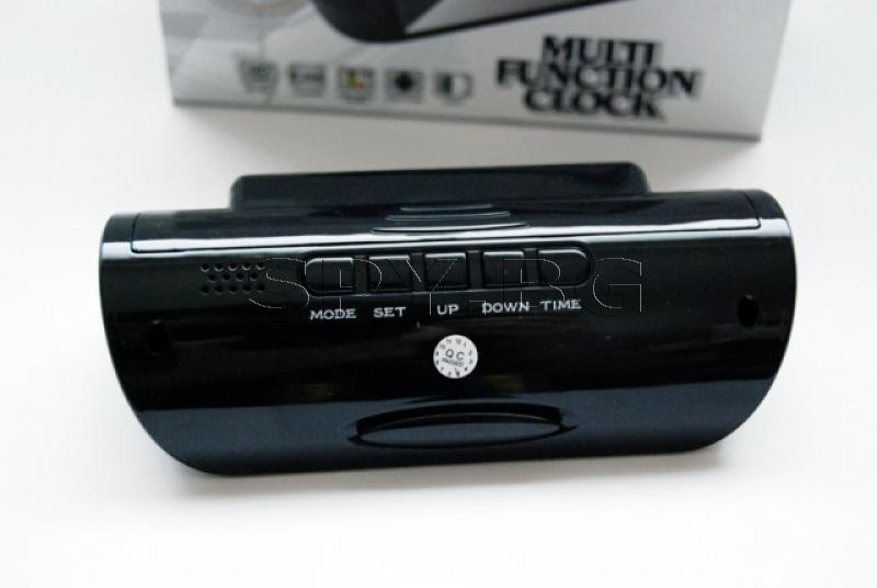 Електронен часовник с HD камера с детектор за движение