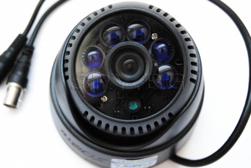 Камера за вътрешен монтаж 700 линии