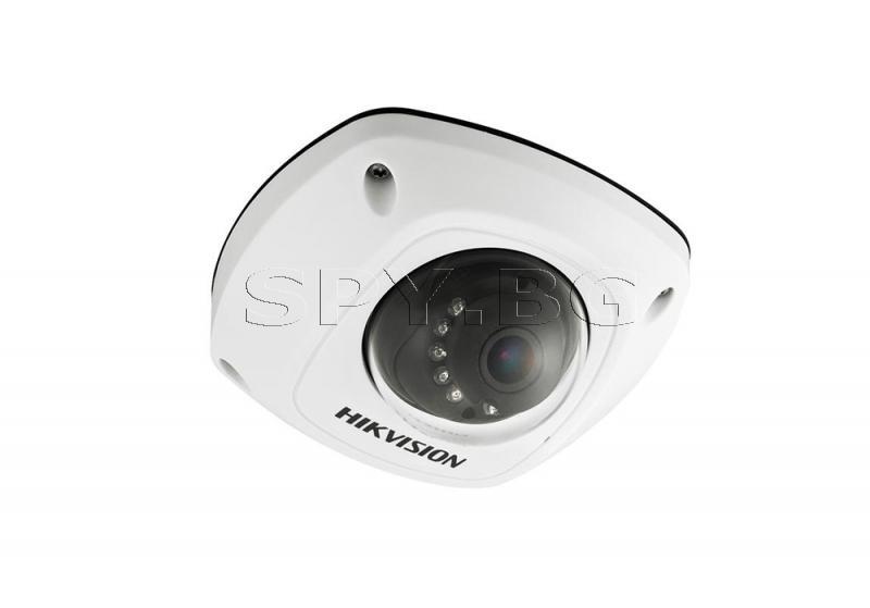 Компактна куполна IP камера HIKVISION