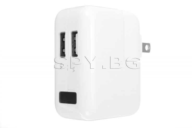 Адаптер със скрита IP камера