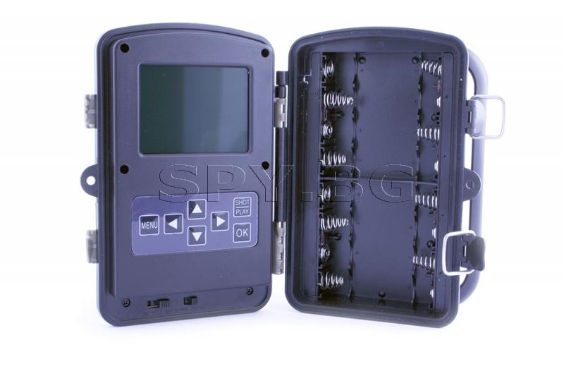 Компактна ловна камера